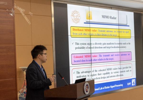 西安电子科技大学副教授 严俊坤.JPG