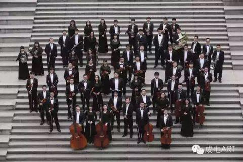 交响乐团演出照1.jpg
